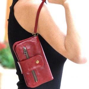 ארנק עור אדום מעוצב לאישה בעבודת יד - דגם רוכסנים חום
